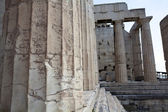 Columns of entrance propylaea to ancient temple Parthenon — Stock Photo