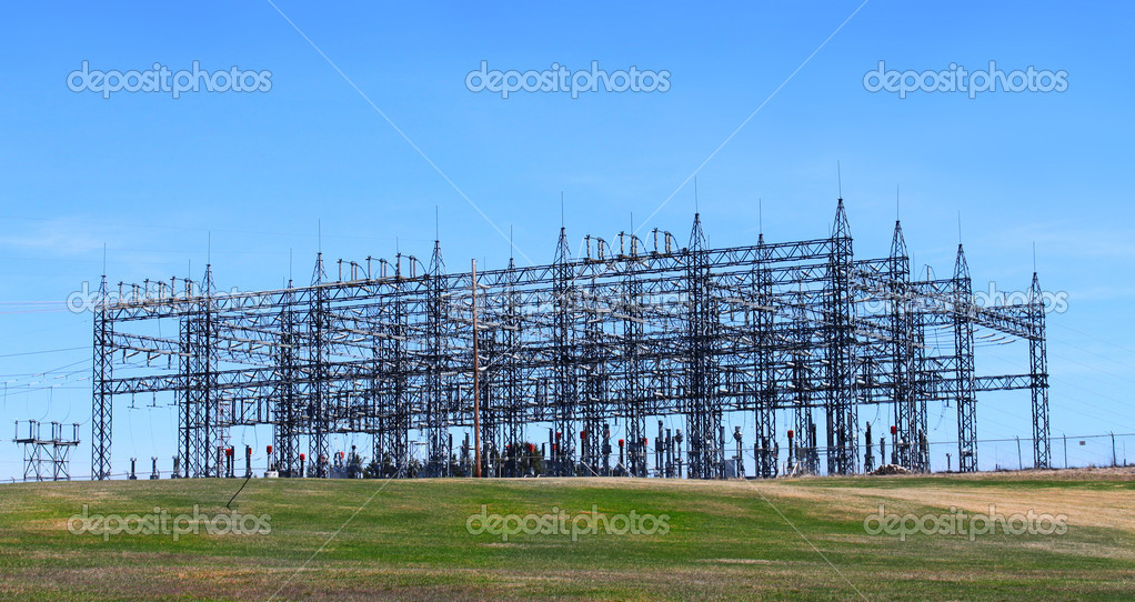 Electrical power station from Mactaquac dam in New Brunswick Canada — Stock Photo #5550025