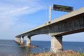 Confederation Bridge to Prince Edward Island — Stock Photo