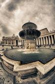 Plaza de san pedro, ciudad del vaticano — Foto de Stock