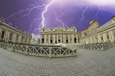 Storm over Piazza San Pietro in Rome — Stock Photo