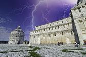Storm over the Dome in Piazza dei Miracoli — Stock Photo
