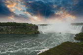 Sunset in Niagara Falls — Stock fotografie