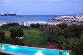 Sunset and beach at luxury hotel, Crete, Greece — Stok fotoğraf