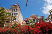 Luxury hotel decorated with flowers, Tenerife island, Spain — Stock Photo