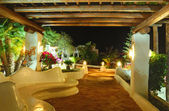 Illuminated recreation area of luxury hotel, Tenerife island, Sp — Stock Photo