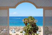 Sehen sie auf einen strand des luxushotels, teneriffa, spanien — Stockfoto
