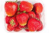 Zralé jahody izolovaných na bílém pozadí — Stock fotografie