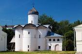 Iglesia de esposas-mironosits, gran novgorod, rusia — Foto de Stock