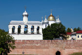 St. Sophia Cathedral and Bell Tower, Great Novgorod, Russia — Stock Photo