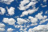 Cludy sky background — Stock Photo