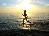 Child running — Stockfoto