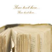 O antigo livro isolado no branco — Foto Stock