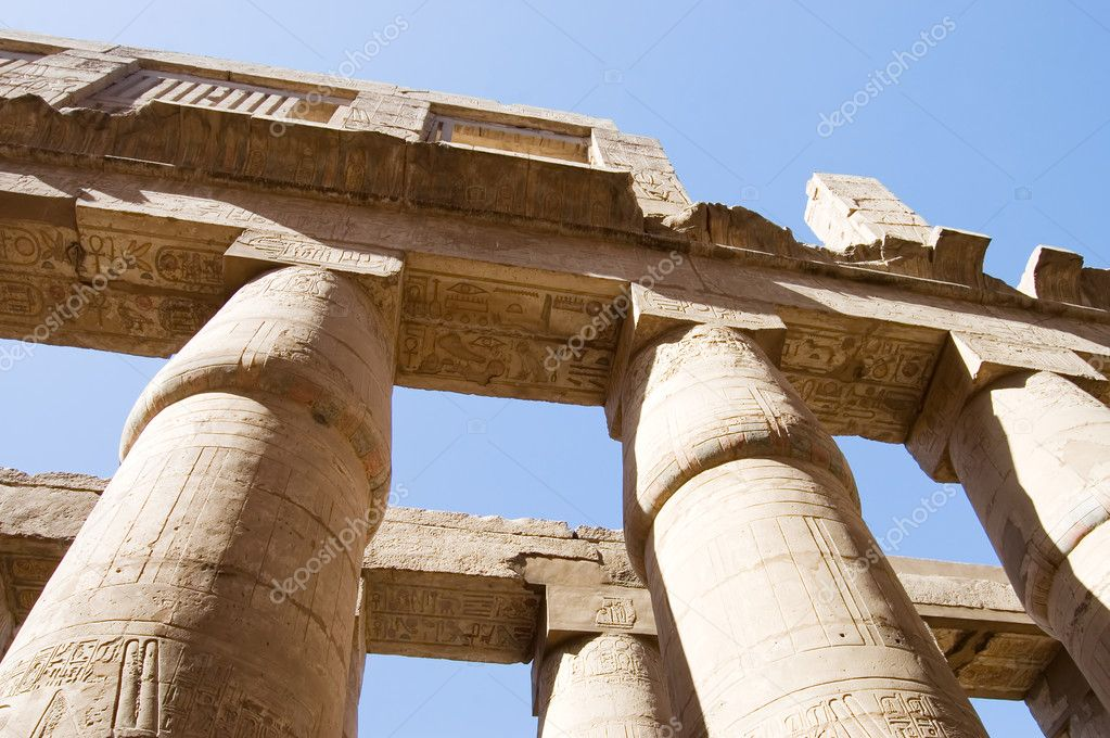 The columns at Karnak Temple, Luxor, Egypt — Stock Photo #5761596