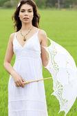 Beautiful bride posing outdoors. — Stock Photo