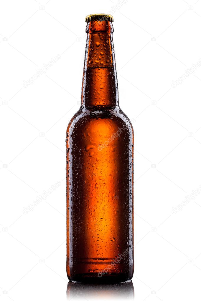 Beer bottle with water drops isolated on white  — Stock Photo #5574762