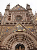 The gothic Orvieto cathedral — Stock Photo