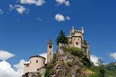 Castello di Saint pierre e Chiesa, Italia — Foto Stock