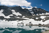 Pietra Rossa Alpine lake — Foto de Stock