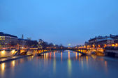 The River Seine at night time — Stock Photo