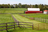 Fenced Pastures With Barn — Stock Photo