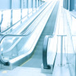 Escalator indoor shopping mall — Stock Photo