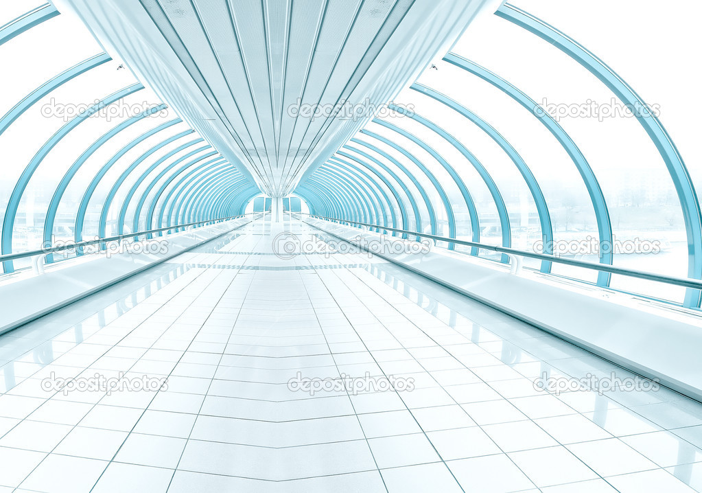 Spacious diminishing transparent hallway — Stock Photo #6710609