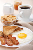 Traditional breakfast — Stock Photo