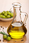 Olive oil and olives — Stockfoto