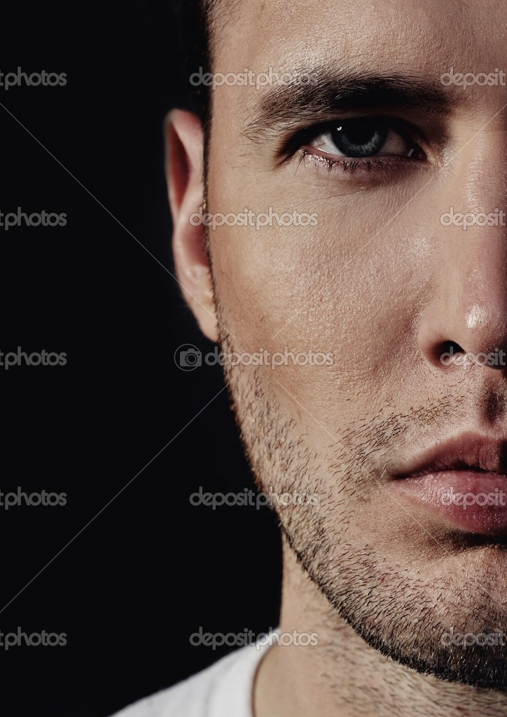 Close-up portrait of a handsome young man — Stock Photo #5811449