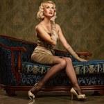 Beautiful woman retro portrait — Stock Photo