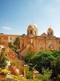 Bellissimo monastero di agia triada — Foto Stock