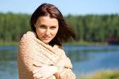 Beautiful woman at the lake — Stock Photo