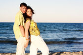 Man and Woman Couple In Romantic Embrace On Beach — Stock Photo