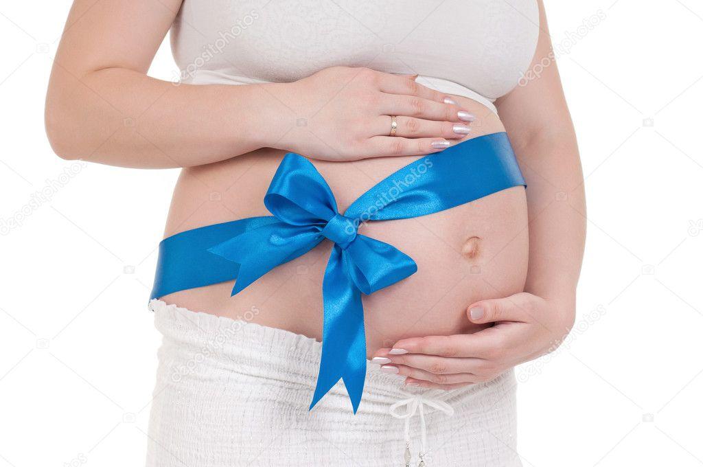 Почему во время беременности холодный животик