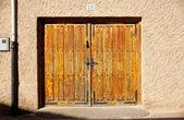 Rustic door — Stock Photo