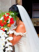 Bride with flower's bouquet — Stockfoto