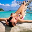 Beautiful woman on the beach — Stock Photo