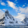 Snow-capped mountains in Antarctica — Stock Photo #5482828