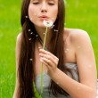 Girl with dandelion — Stock Photo