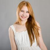 портрет красивой девушки — Стоковое фото
