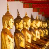 Statuetki złotego buddy — Zdjęcie stockowe