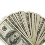 白い背景の上の 100 ドル紙幣 — ストック写真