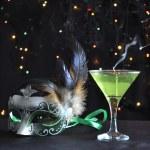 grüne Maske und Kerze — Stockfoto #5435548