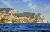 горы и море — Стоковое фото