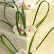 -Wedding cake or birthday cake decorated with marzipan roses — ストック写真