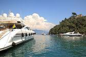 Yacht in bay of Portofino, Italy. — Stock Photo