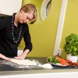 Woman Making Pizza - Foto de Stock