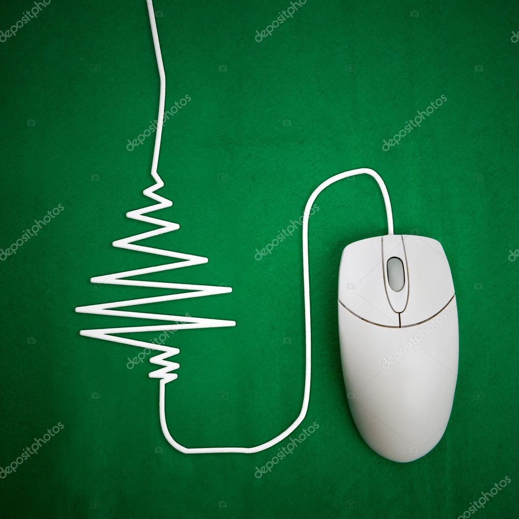 Online christmas shopping concept, mouse on green background with christmas tree — Stock Photo #5688134