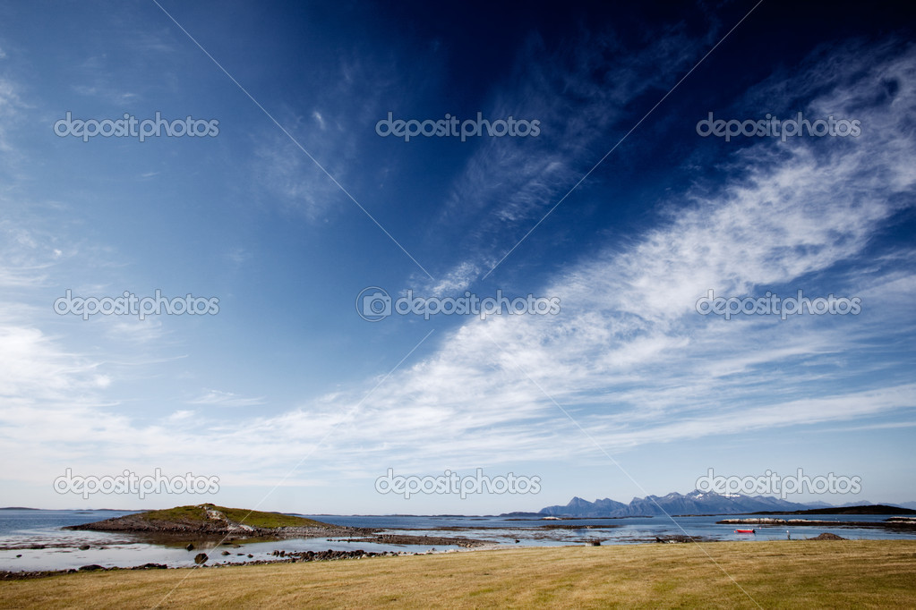 A coastal landscape in northern Norway — Stock Photo #5693107